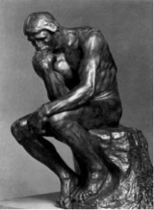 Το ζήτημα της αιτιοκρατίας (ντετερμινισμού)(2), σε αντιπαράθεση με την πιθανοκρατική ερμηνεία των φυσικών φαινομένων αποτελεί ουσιαστικό πεδίο προβληματισμού της επιστήμης, κάτι που μπορεί να επιβεβαιώσει και ο «Στοχαστής» του Auguste Rodin (1880).